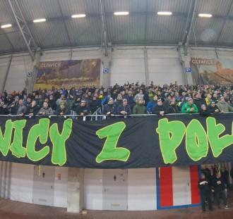 Fani Lecha dalej niepocieszeni, a kibice Piasta powrócili na młyn. Echa po meczu w Gliwicach.